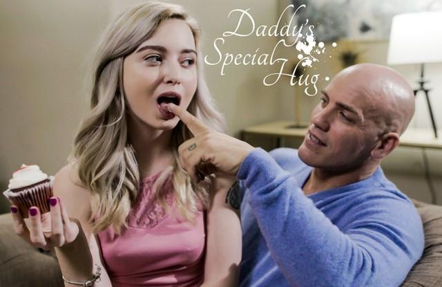 Папа проводит выходные с дочкой и трахает ее в писечку